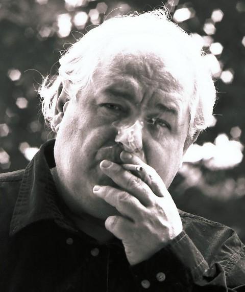 Milo fuma Idroscalo
